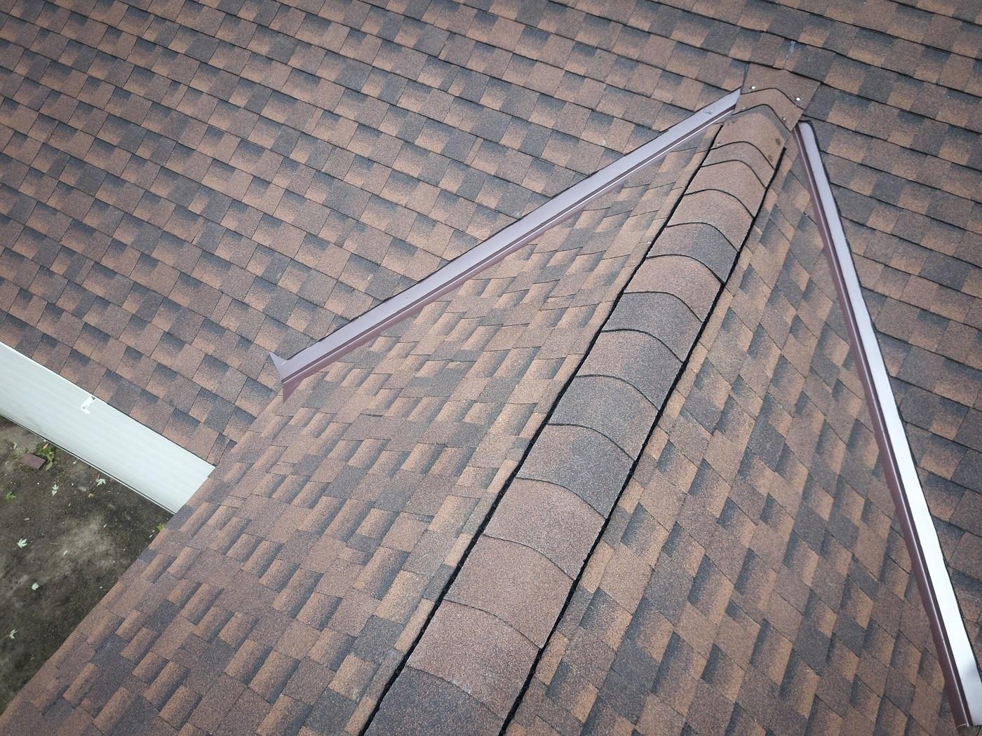 Maplewood asphalt roof
